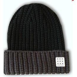 Crafted kepurė