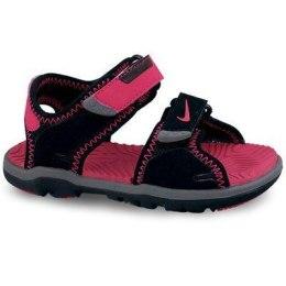 Merg. Nike sandalai